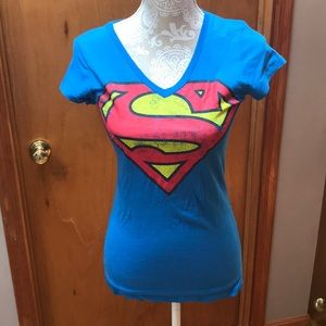 NWOT Superman short sleeve tee. Size small